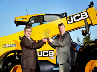 JCB Dualtech VT vince il Sima Innovation award
