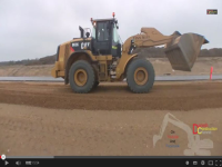 Video: Cat 962K e New Holland F106.7A al lavoro in Danimarca