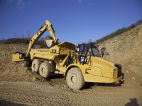 Video Caterpillar: dumper articolati 735C, 740C EJ e 745C