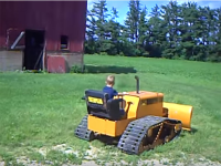 VIDEO: mini dozer per mini operatore
