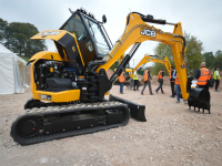 JCB: foto e video dei nuovi escavatori 85Z-1 e 86C-1