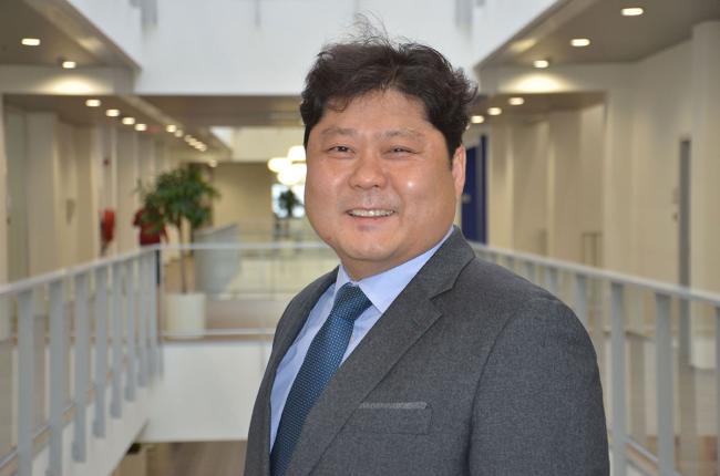 Hyundai Construction Equipment nomina Sungwoo Lee come .