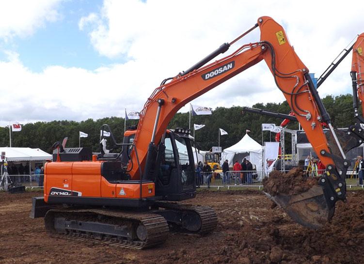 sondaggio migliore scavatore  a confronto come prestazioni robustezza affidabilita durevolezza nel tempo rapporto   peso     potenza  stazza 20b ton d - Pagina 2 28f0cbe9-f6af-4aef-aedd-89407ea1a9d0