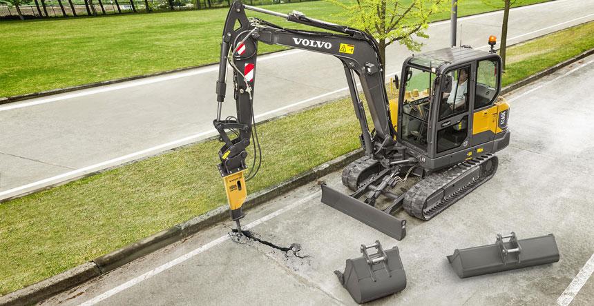 escavatore cingolato EC60E di Volvo 526bfa4e-88a4-4704-963b-0434b659e5d2