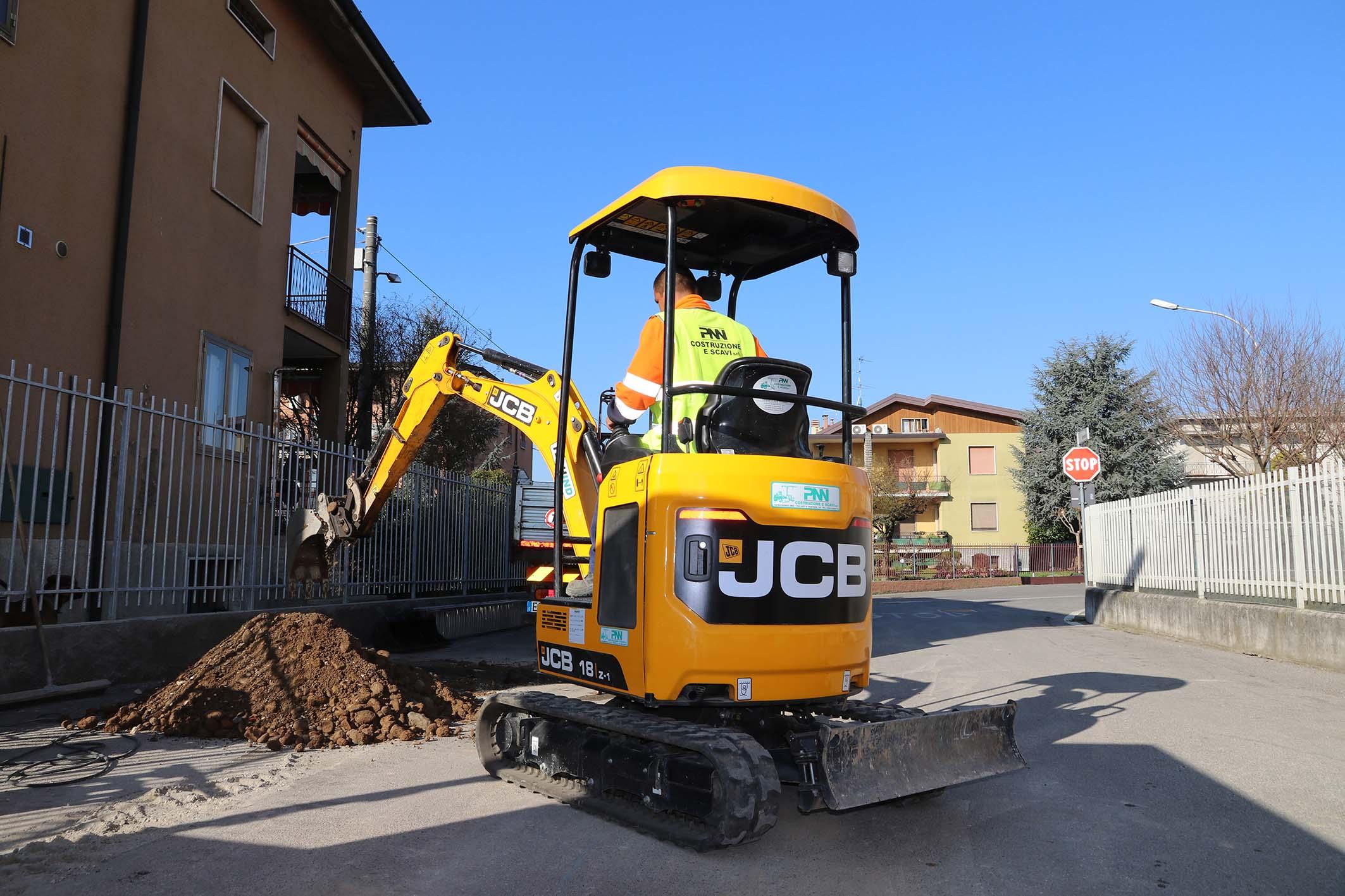 jcb macchine industriali - Pagina 3 604d1152-7dc3-4524-954a-7a386400a4b0