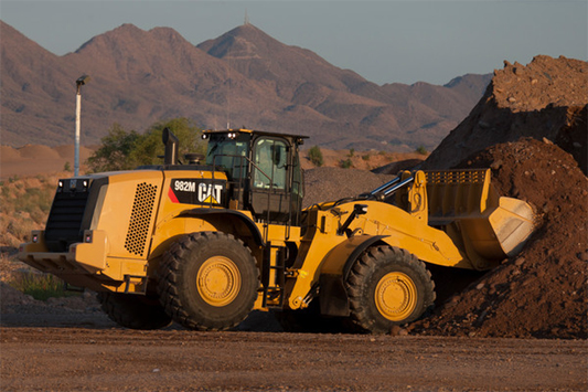 Caterpillar M Series: nuove pale gommate