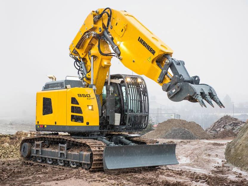 liebherr escavatore  Liebherr presenta il nuovo escavatore cingolato R 950 Tunnel
