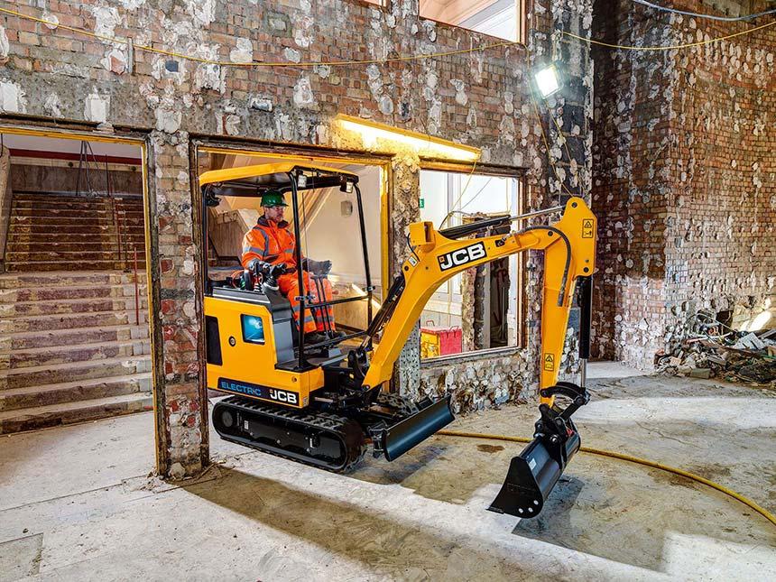 mini escavatore elettrico JCB 19C-1E:  8f126d04-260b-4b13-83b5-030ed265f455