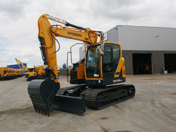 escavatore Hyundai serie HX Ab6fd2b3-a029-45ba-9d61-503271d4105e