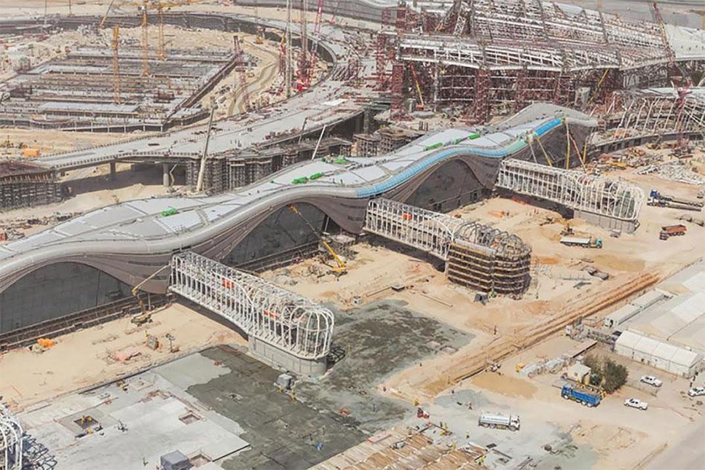 Aeroporto Emirati Arabi : Cantieri haulotte all aeroporto di abu dhabi mtc