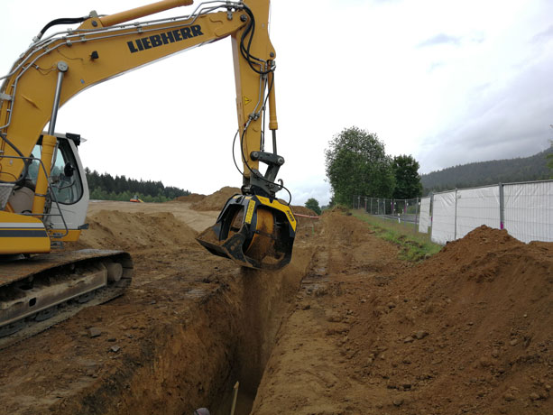 MB-S14-Liebherr-piping-soil